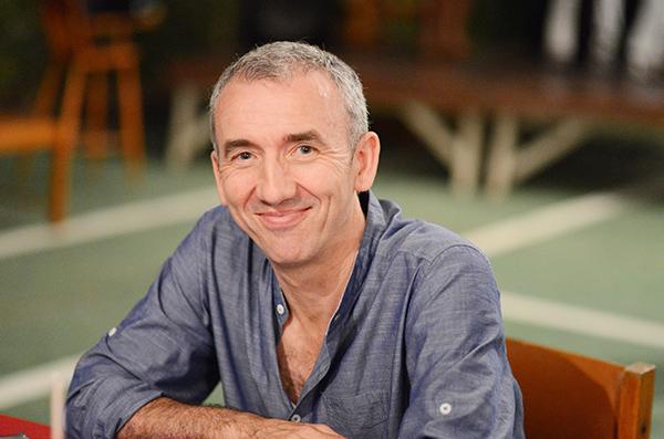 Ángel del Río es profesor del Dpto. de Matemáticas en la Universidad de Murcia.