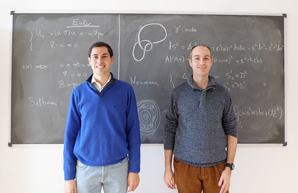 ALBERTO ENCISO Y DANIEL PERALTA. Investigadores del CSIC en el Instituto de Ciencias Matemáticas (ICMAT)