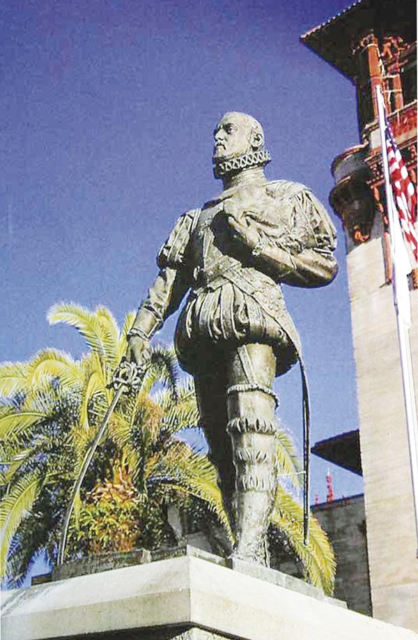 Detalle de la estatua de Pedro Menéndez en San Agustín de la Florida (EE UU).