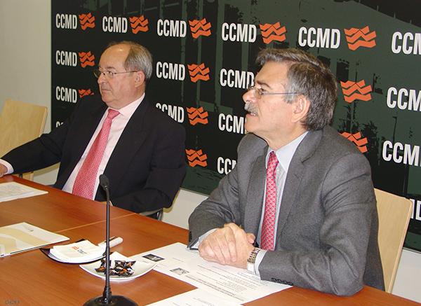 Ramón Izquierdo (a la izquierda), junto con Lorenzo Jiménez, otro de los doctores participantes en el congreso de la Sermef.