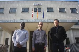 De izquierda a derecha, Prosper Obolo, Jesús Marín y Eric Carvalho.